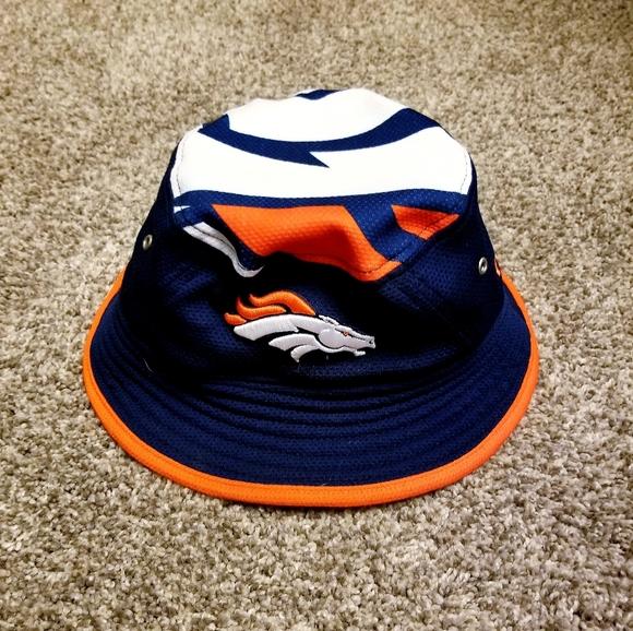 Mens Bronco Bucket Hat